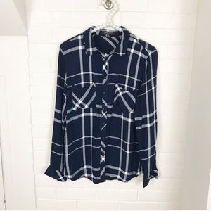 {Romeo & Juliet} Navy Frayed Plaid Button Down